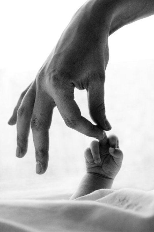 руки, рука, ручка, жест Мама плохому не научит.photo preview