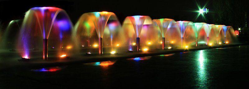 фонтаны, поклонка. Вода в цветеphoto preview