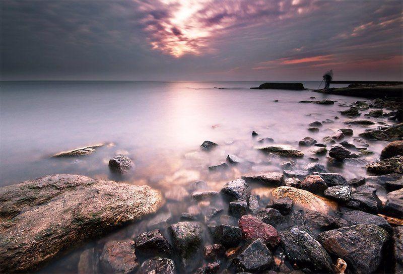 одесса, черное море, утро, рассвет, камни Говорящий с ветромphoto preview