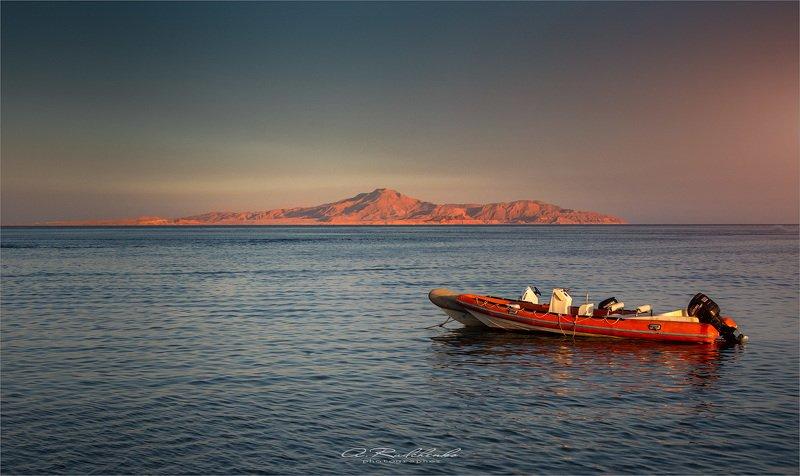 Остров Тиран photo preview
