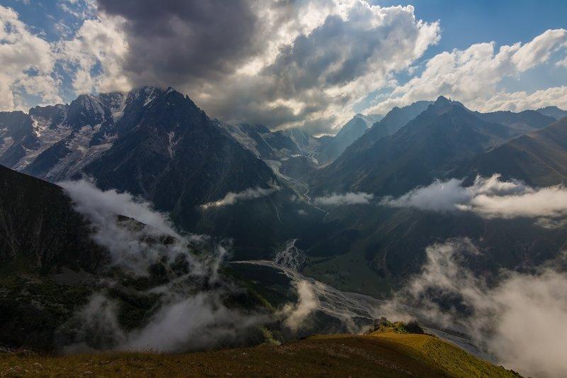 #чегем#кавказ#восхождение#балкария#горы#облака ИГРИВЫЙ ТАНЕЦ ОБЛАКОВ....photo preview