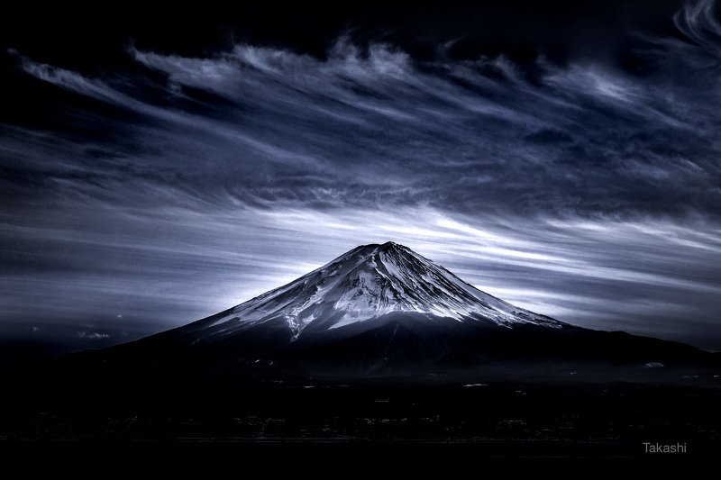 Fuji,Japan,mountain,clouds,cirrus cloud, snow,blue ink Cirrus cloudphoto preview