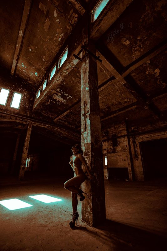 djfoto, abandoned beauty, urbex, Vilnius, low key nude, high heels Sin Cityphoto preview