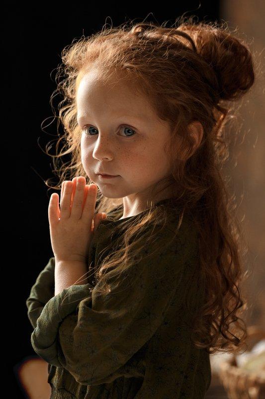 дети, девочка, портрет, красота, рыжеволосая, свет Лизаphoto preview