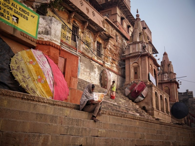 #varanasi #Kashi #Benaras #people #GangaGhat #motherganga #DhirajGoswami #DhirajGoswamiPhotography #SoulOfLife #travelwithphotographer Ganga Ghat photo preview