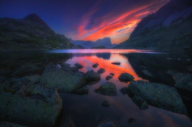 ергаки, горы, саяны, западныйсаян, сибирь Пылающий рассвет фото превью