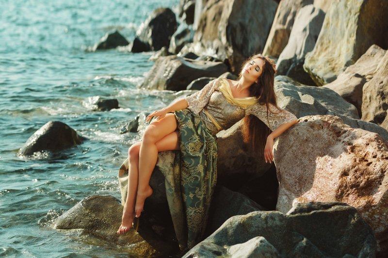арт, фешн, мода, творчество, море, сочи, русалка, брюнетка, красивая девушка Девушка, которая мечтала стать русалкойphoto preview