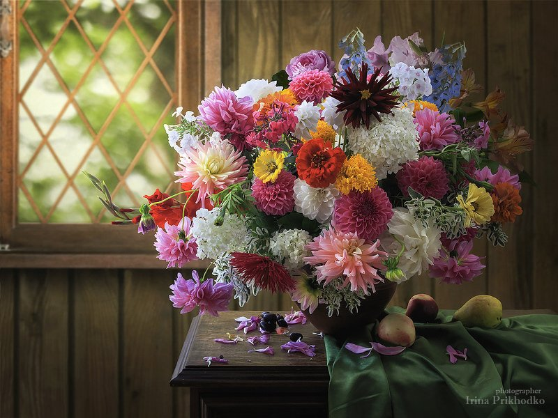натюрморт, лето, цветы, флористика, букет, садовые цветы Великолепие августаphoto preview