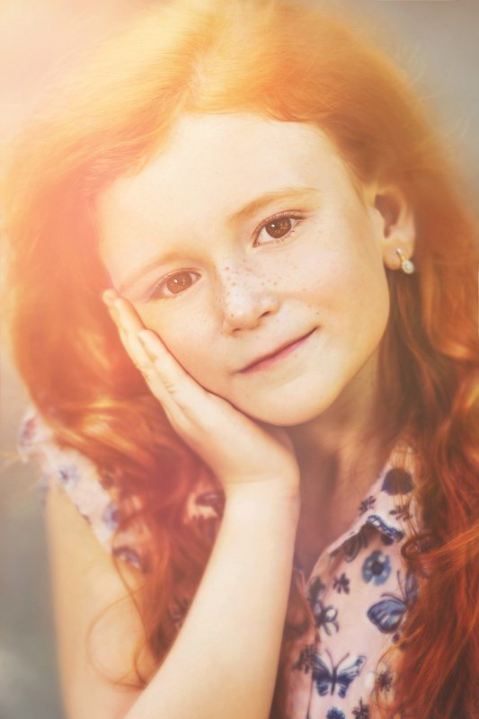 девочка,портрет,солнце,веснушки Девочка,которая полюбила солнцеphoto preview