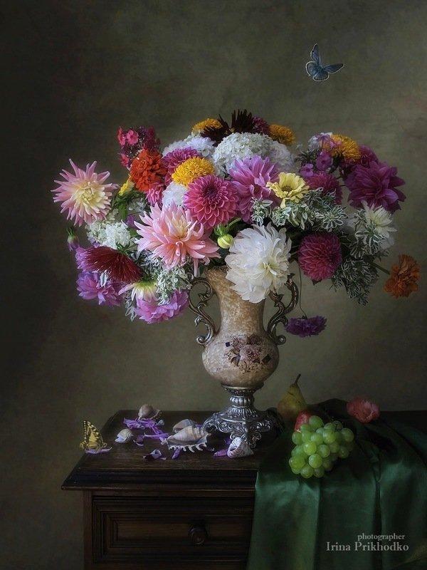натюрморт, цветы, букет, винтажный, цветочный, стиль барокко Цветочный натюрморт в стиле бароккоphoto preview