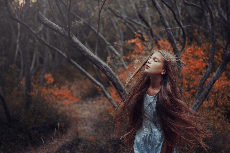 девушка девочка ветер апноэ сон лес оливковая роща Vphoto preview