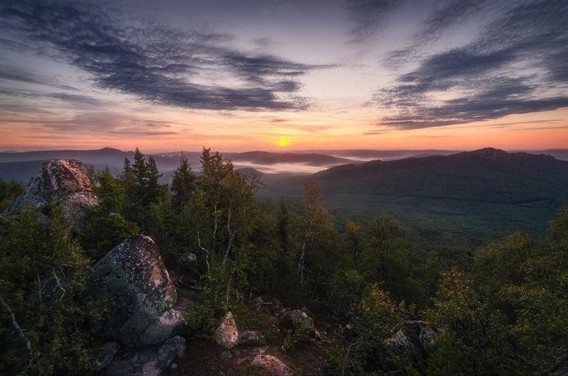 рассвет, горы, башкирия Рассвет на г.Кирель (1162м) в Башкирии.photo preview