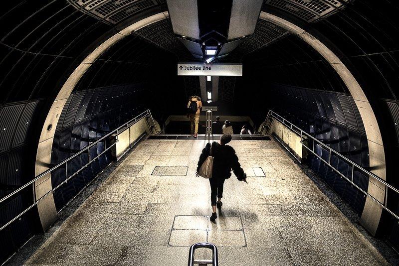 street photography yourshot instagram london Jubilant walkphoto preview