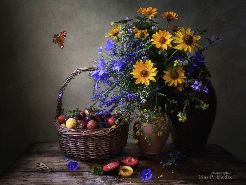 натюрморт, деревенский, винтажный, цветочный фруктовая корзина Деревенский летний натюрмортphoto preview