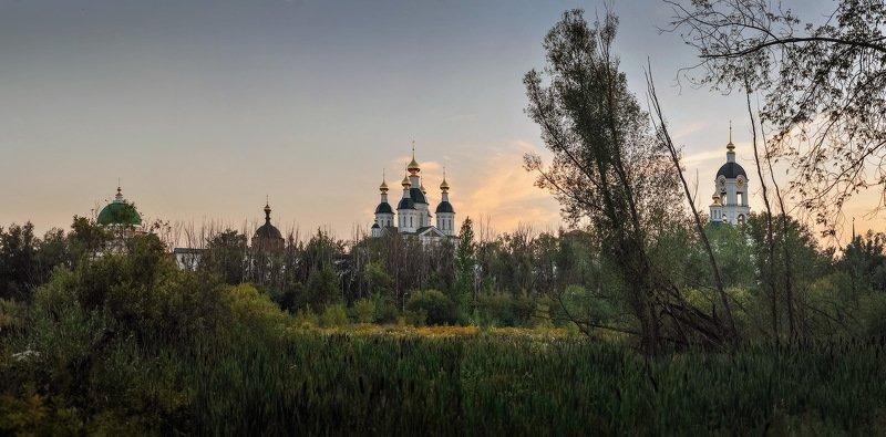 Саровский монастырьphoto preview