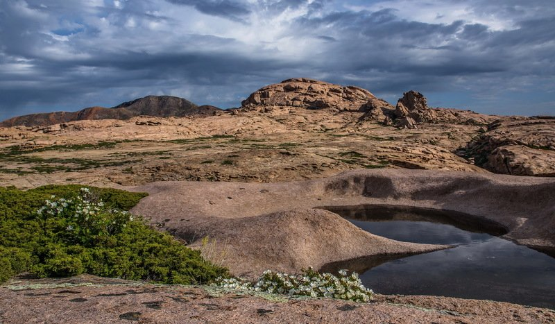 горы В  Бектау Ата.photo preview