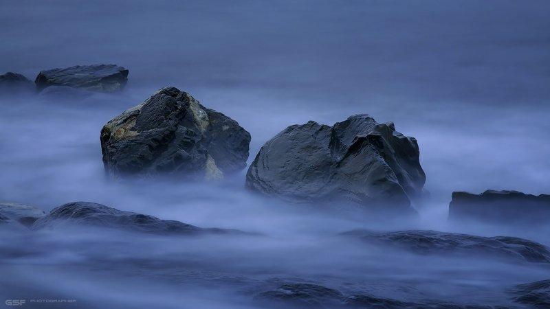 камни море вода скалы лето Каменная дрёмаphoto preview