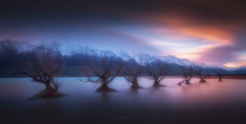 Закат на озере Wakatipu.