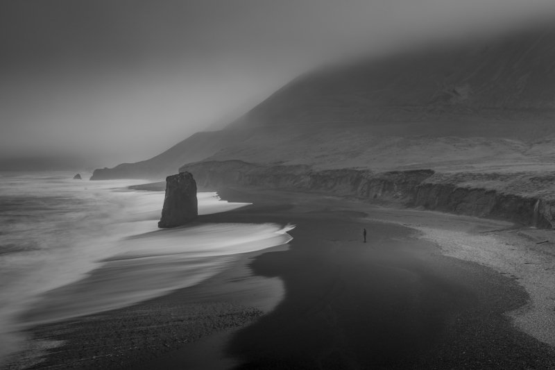 iceland  Lonelinessphoto preview