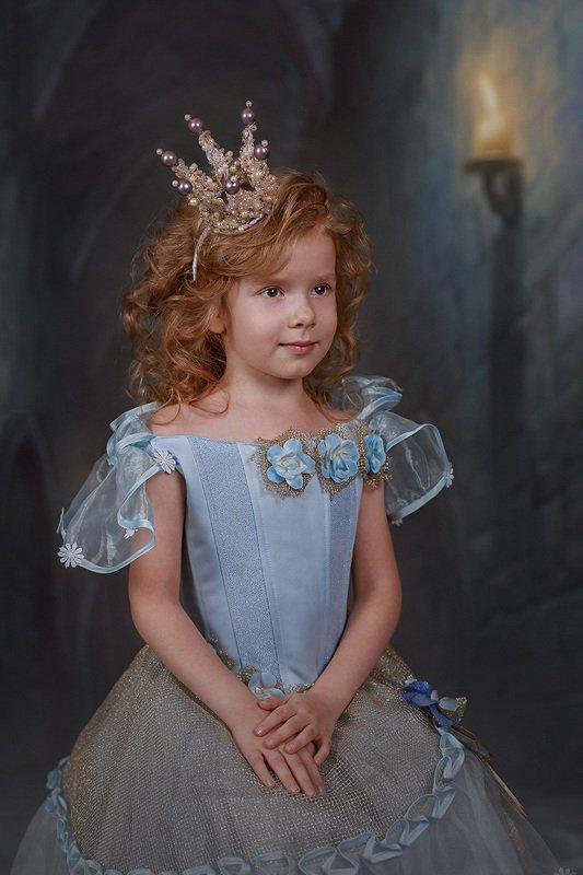 дети портрет сказка девочка золушка Золушкаphoto preview
