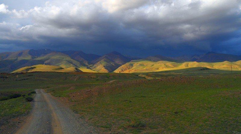 алтай Курайский хребет-пути дороги.photo preview