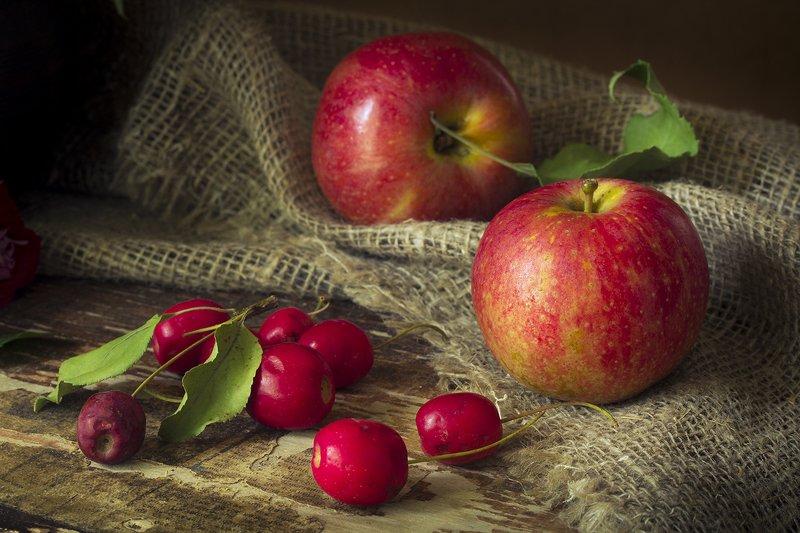 натюрморт с яблоками фото данном разделе