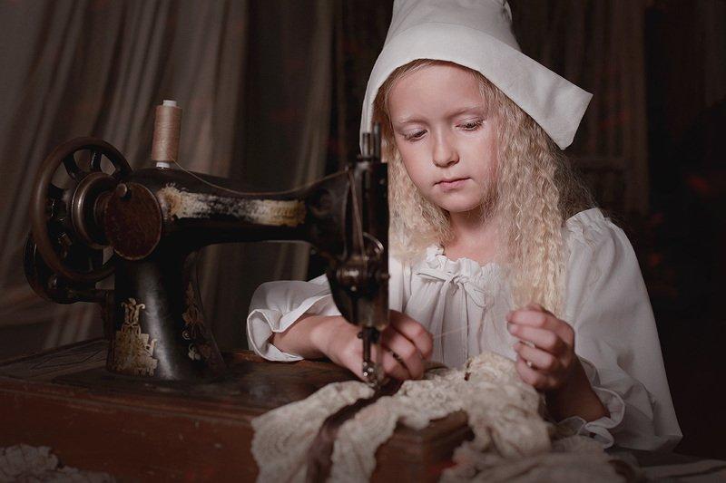 дети портрет сказка девочка белошвейка Белошвейкаphoto preview