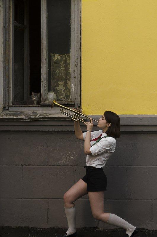 пионер труба девушка минск беларусь Злостный пионерphoto preview