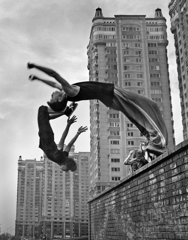 Паркур - непреодолимое желание летать ...photo preview