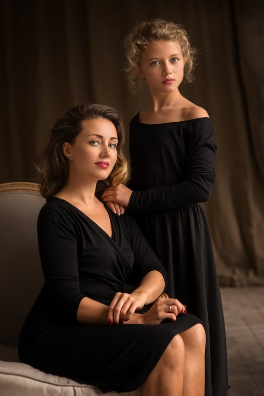 Olga & Arinaphoto preview