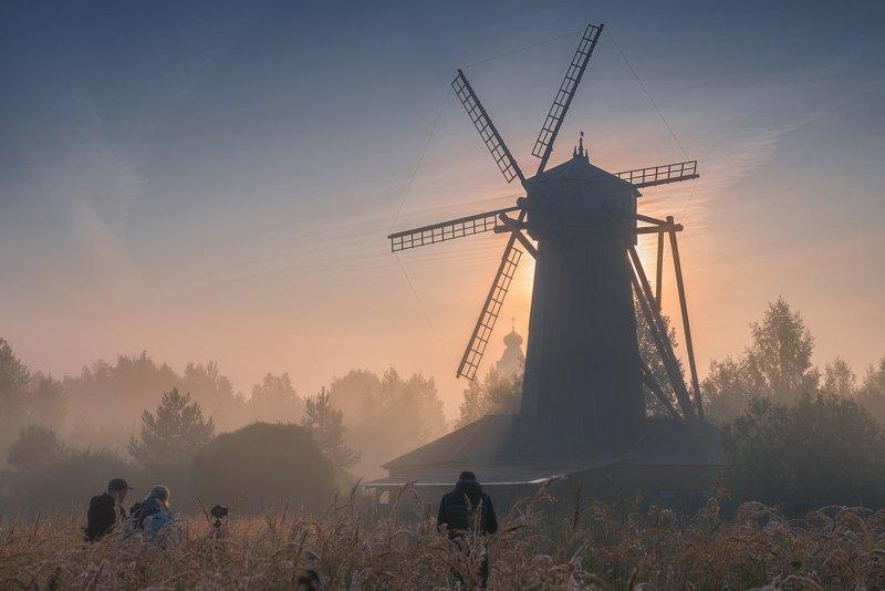 утро, рассвет, природа, туман, истра, новыйиерусалим Совещание Дон Кихотовphoto preview