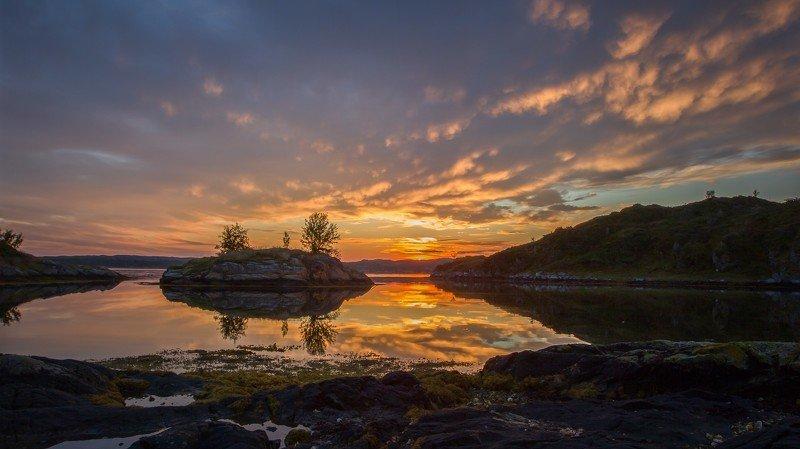 фьорд, норвегия, восход, облака, осень, отражение Зарево над фьoрдом.photo preview