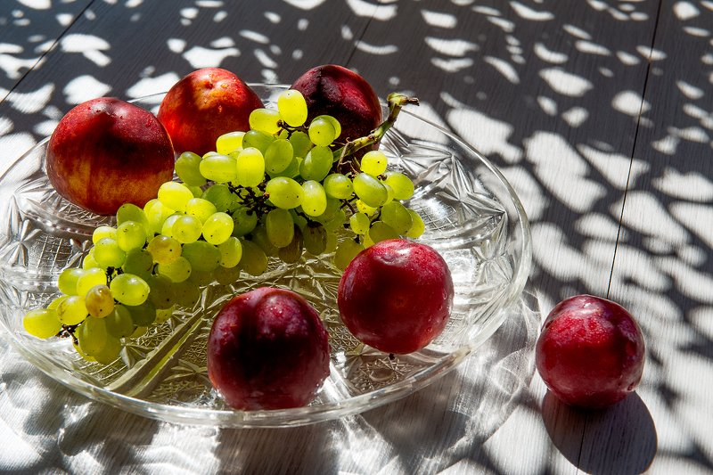 Виноград и нектариныphoto preview
