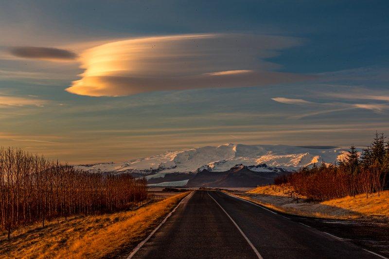 Iceland  Öræfajökull - volcano photo preview