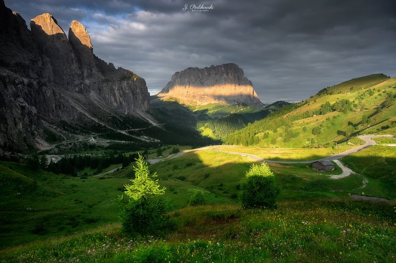 dolomites, italy, morning, light, shadows, landscape, Morning lightphoto preview