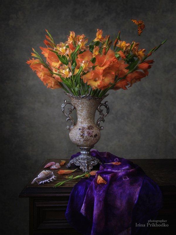 натюрморт, винтажный, цветочный, гладиолусы, альстромерии, букет,  Пламенеющий букетphoto preview