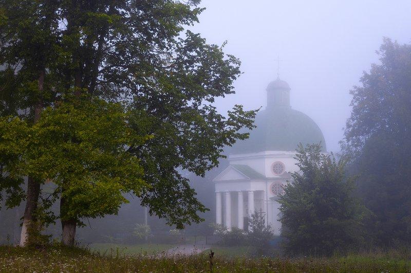 туман,лето,храм,высокое,природа,россия Таинственное утроphoto preview