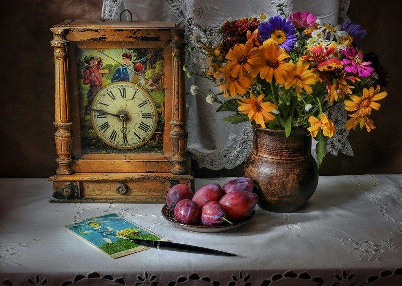 натюрморт,часы,слива,цветы, Часы из детства....photo preview