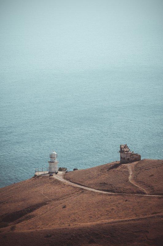 маяк море солнце пейзаж путешествие  Меганомский Маякphoto preview