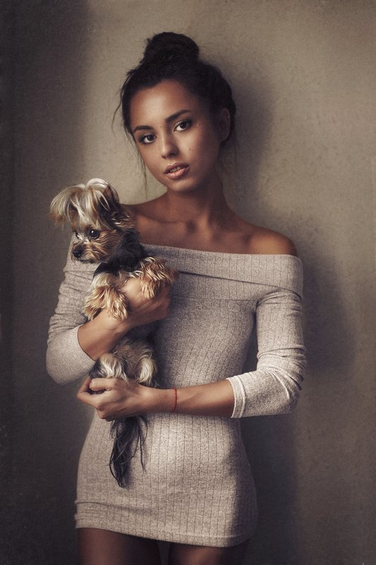 karenabramyan,portrait,art,picture,girl,dress,fashion,dailyart,dailypic,,cute,nice,karenabramyanphotography,style Girl with dog фото превью