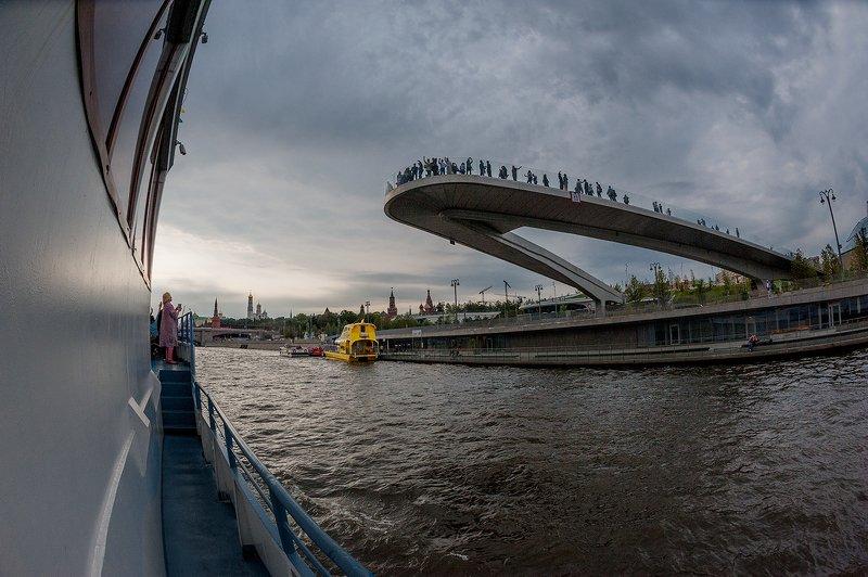 Москва с борта теплоходаphoto preview