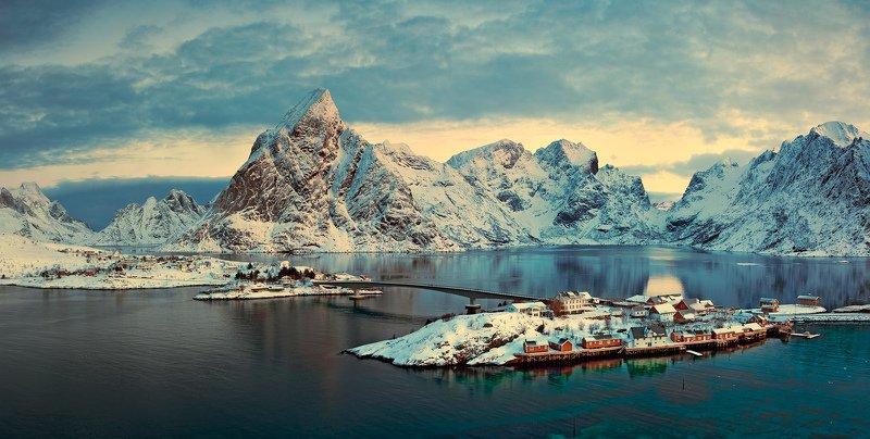 Panorama of Sakrisøyphoto preview