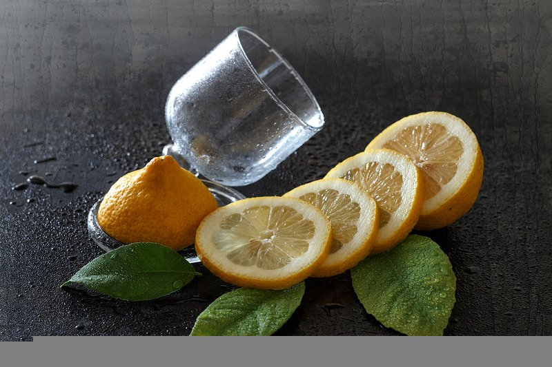 натюрморт лимон фрукт Свежий лимонphoto preview