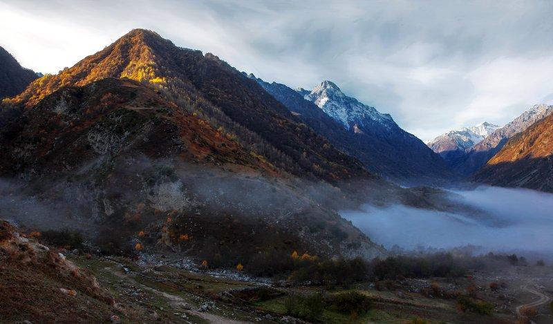 черекское ущелье,балкария,верхняя балкария,кабардино балкария, Горный пейзаж..photo preview