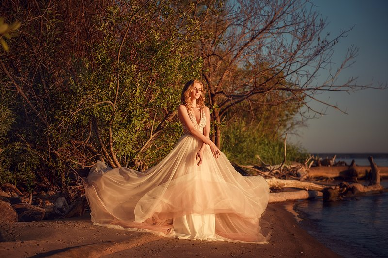 портрет, закат, побережье, платье, portrait, women, seaside, sunset photo preview