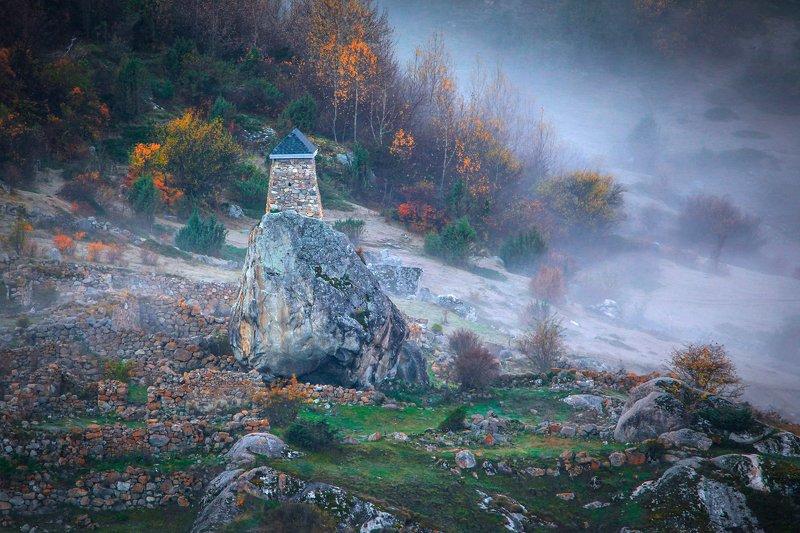 башня,осень,камни,валун,осень,пейзаж. Башня Амирхана..photo preview
