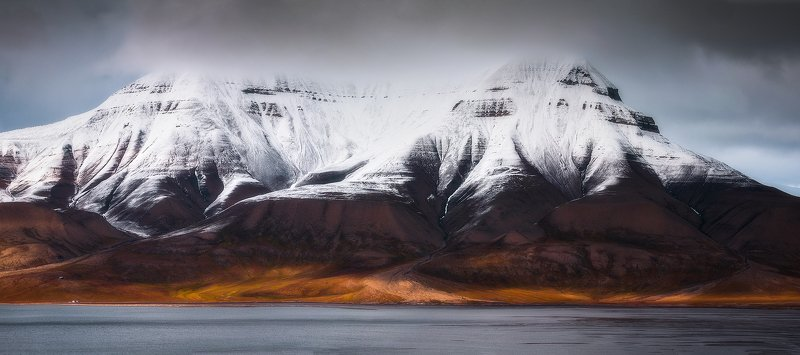 svalbard, spitsbergen, northnorway, islands, polar, arctic, summer, panorama Dragons made of oxygenphoto preview