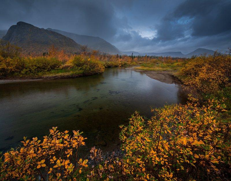 пейзаж,россия,хибины,осень,цвет,свет,вода,облака,горы,кольский,север Краски осениphoto preview