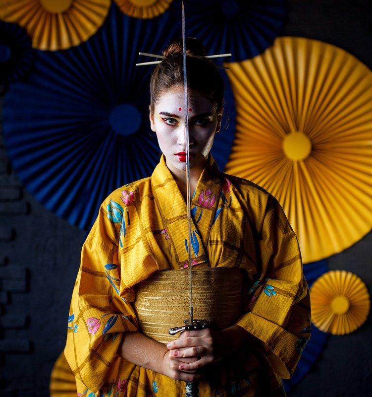 japan, model, modelling, yellow, color, portrait, mood, art Samuraiphoto preview