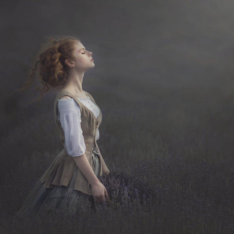 #vintage #lavenda #storytelling #portrait #dreamcatcher  lavender airphoto preview